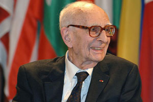 Figure 3: Claude Lévi-Strauss (1908-2009) (photo WikiCommons Michel Ravassard, UNESCO 16 novembre 2005).